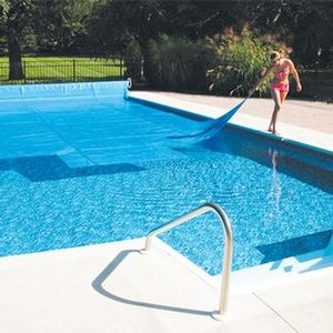 5-Year 10 ft. x 15 ft. Rectangle Solar Blanket for In Ground Pools